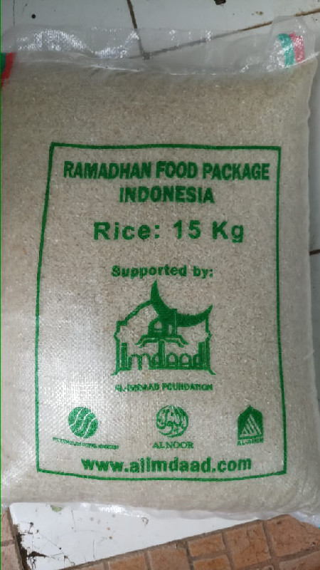 Families in Indonesia where rice is the staple, receive 15 kg as part of each hamper